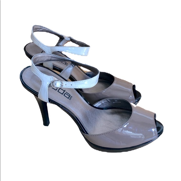 Moda Spana Stilettos